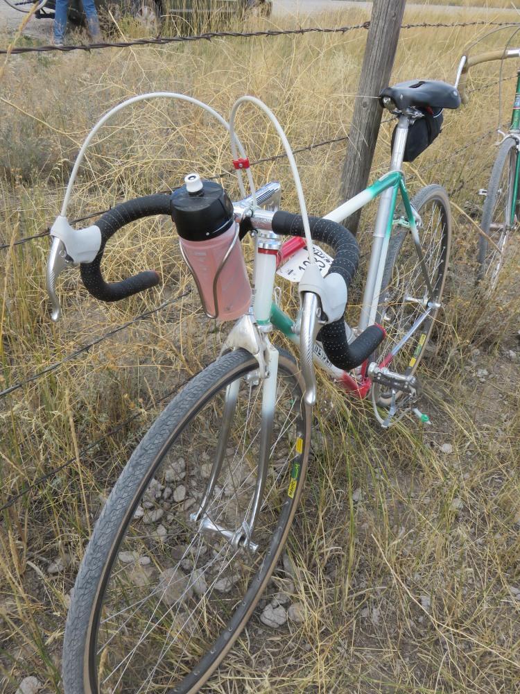Holder Minoura BH-60 Bicycle 22.2mm Handlebar Mount Water Bottle Cage Bracket